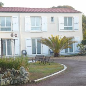 Hotel Pictures: Hotel des Falaises, Saint-Palais-sur-Mer