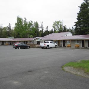 Hotel Pictures: Scoodic Motel, Saint Stephen