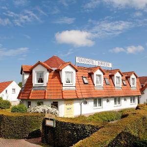 Hotelbilleder: Ferienhotel Bernstein, Trassenheide