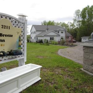 Hotel Pictures: Casa Breeze Inn, Saint Stephen