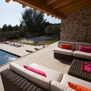 Hotel Pictures: Mas des Avelines, Le Castellet