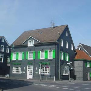 Hotel Pictures: Hotel Restaurant Kromberg, Remscheid