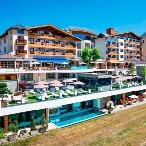 Фотографии отеля: Wellnesshotel Cervosa, Серфаус