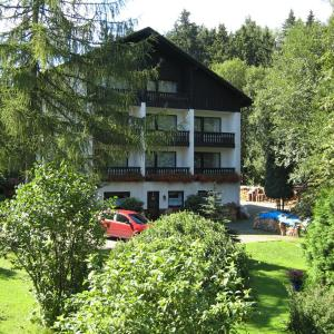 Hotelbilleder: Landhaus Am Forst, Bad Alexandersbad