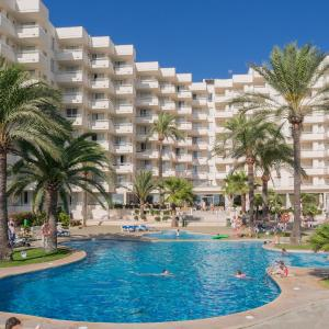 Hotel Pictures: Aparthotel Playa Dorada, Sa Coma