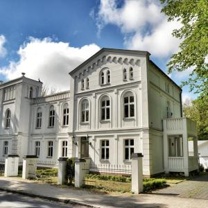 Hotelbilleder: Apartments Fürstenvilla Putbus, Putbus