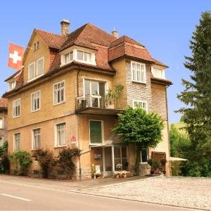 Hotel Pictures: Villa Donkey, Degersheim