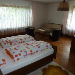 Hotel Pictures: Gast- und Gästehaus Simon, Greifenstein