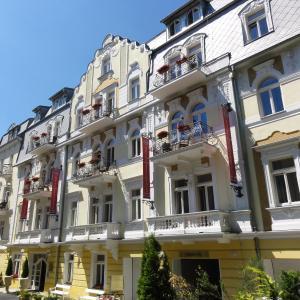 Hotel Pictures: Residence Hotel Romanza, Mariánské Lázně