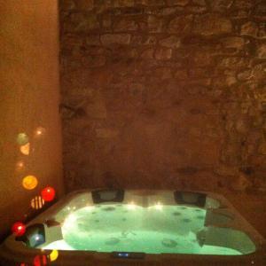 Hotel Pictures: Les Coquelicots, Saze