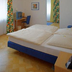 Hotel Pictures: Gasthof Kocherbähnle, Gaildorf