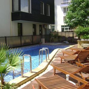 Fotos de l'hotel: Kandrovi Hotel, Sozopol