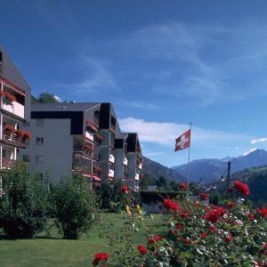 Hotel Pictures: Im Grünen 220 - 4-Zimmerwohnung, Breiten
