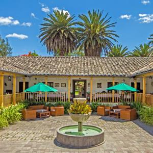 Hotel Pictures: Hacienda Hosteria Chorlavi, Ibarra
