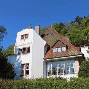 Hotel Pictures: Kurvilla am Park, Bad Kissingen