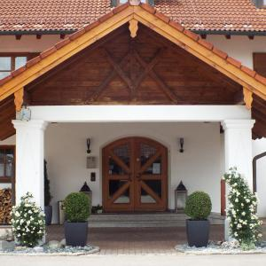 Hotel Pictures: Hotel Isartaler Hof, Wolfratshausen
