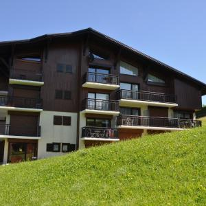 Hotel Pictures: Résidence Le Chambet, Notre-Dame-de-Bellecombe
