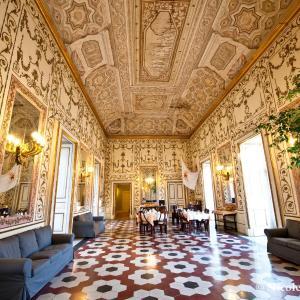 Φωτογραφίες: Decumani Hotel De Charme, Νάπολη