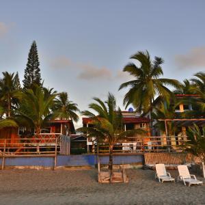 Hotel Pictures: Cabañas Isla del Sol, Same
