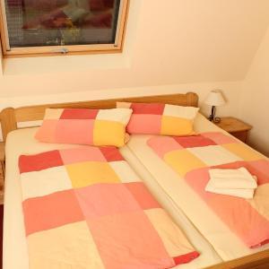 Hotel Pictures: Pension Ferienhof Fischer, Freiberg