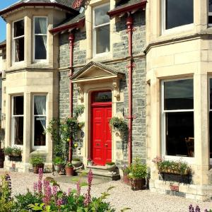 Hotel Pictures: Strathallan Bed and Breakfast, Grantown on Spey