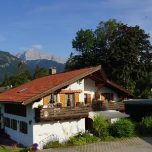 Hotelbilleder: Ferienwohnung Soiernblick, Krün