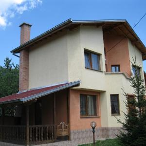 Hotel Pictures: Guest House Rosi, Govedartsi