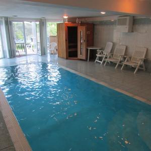 Hotel Pictures: Villa Vranov 55, Čerčany