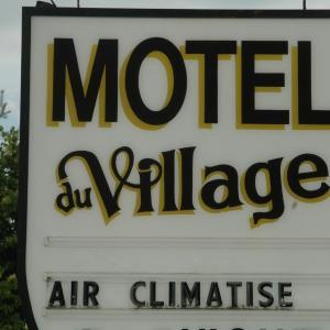 Hotel Pictures: Motel Du Village, Eastman