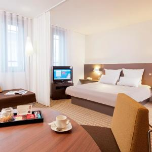 Hotel Pictures: Novotel Suites Lille Europe, Lille