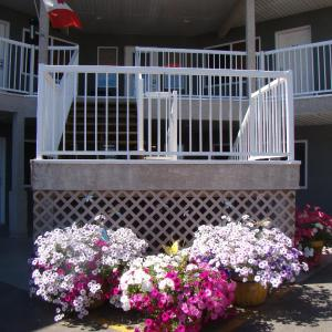 Hotel Pictures: Shoreside Inn & Suites, Wabamun