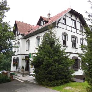 Hotel Pictures: Penzion Braun, Rybniště