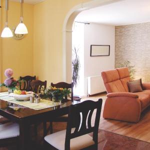 Hotelbilleder: Ferienhaus Landhaus Uttum, Krummhörn