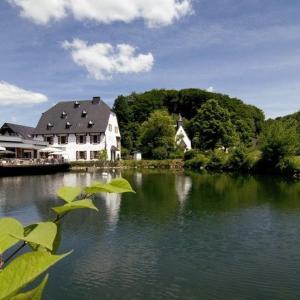Hotelbilleder: Malteser Komturei Hotel / Restaurant, Bergisch Gladbach