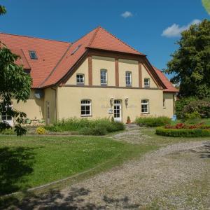 Hotel Pictures: Ostsee-Landhaus, Rerik