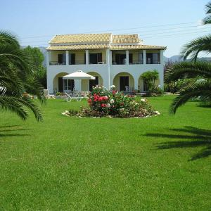 Hotel Pictures: Villa Eleftheria, Acharavi