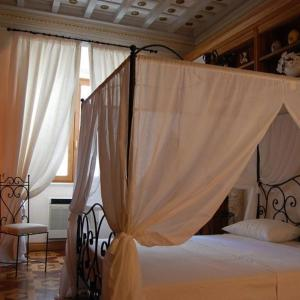 Foto Hotel: Castel Sant'Angelo Large Apartment, Roma