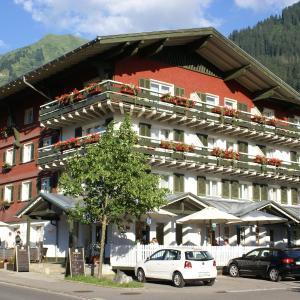 Foto Hotel: Hotel Riezler Hof, Riezlern