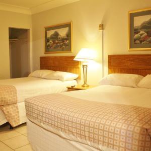 Hotel Pictures: Tulip Motel, Woodstock