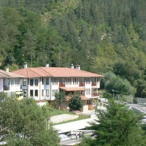 Hotel Pictures: Fisherman's Hut Family Hotel, Beden
