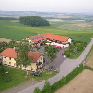 Hotel Pictures: Gasthof Weinbauer, Hofkirchen im Traunkreis