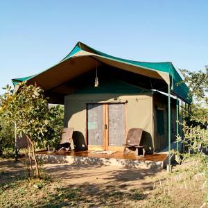 Foto Hotel: Tilodi Safari Lodge, Kasane