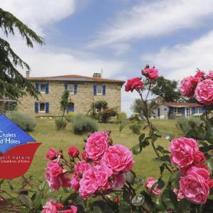 Hotel Pictures: Les Chalets D'Hôtes Esprit Nature, Tudelle