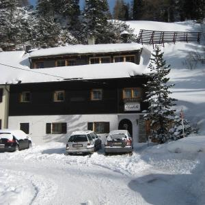 Hotel Pictures: Haus Elisabeth Apartments, Obertauern