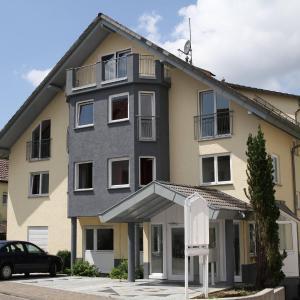 Hotelbilleder: Hotel Pension Kaempfelbach, Königsbach-Stein