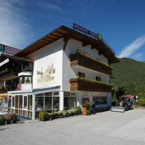 Foto Hotel: Gasthof Ramona, Scharnitz