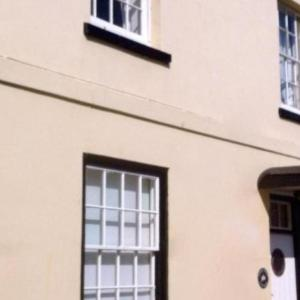 Hotel Pictures: Ferry Steps Cottage sleeps 8, Salcombe