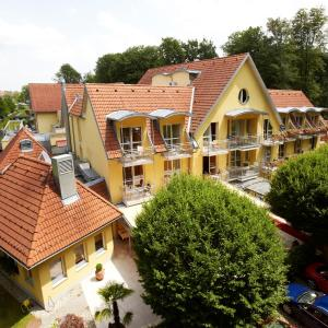 Hotel Pictures: Hotel Triest, Bad Radkersburg