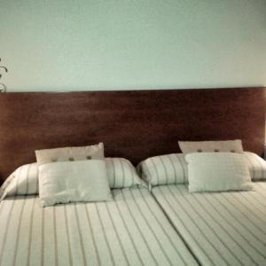 Hotel Pictures: B&B Ra Tenaja, Castillazuelo