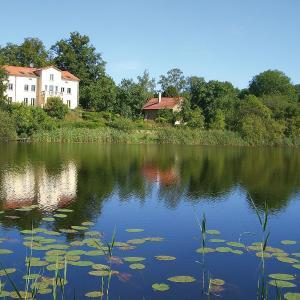Hotelbilleder: Villa am Trumpf - Individuelle Ferienwohnungen am See, Melzow